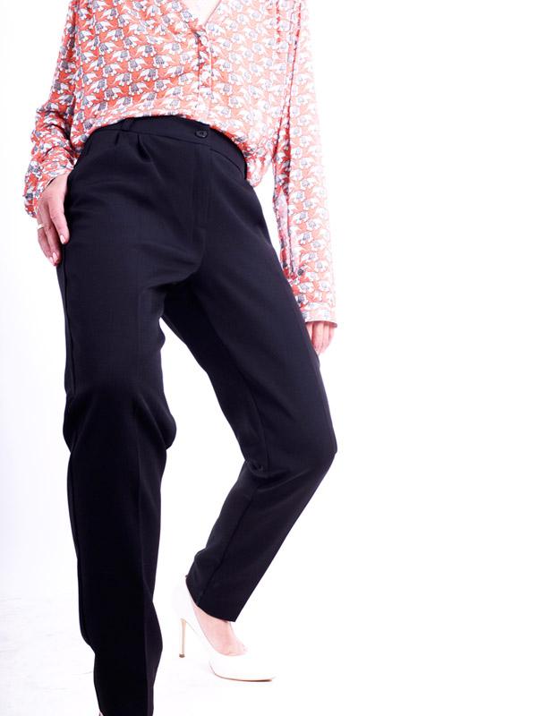 Suit pants with tucks B59