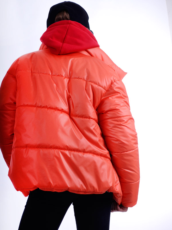Куртка демисезонная укороченная