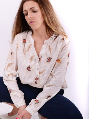 Blouse with floral print B60